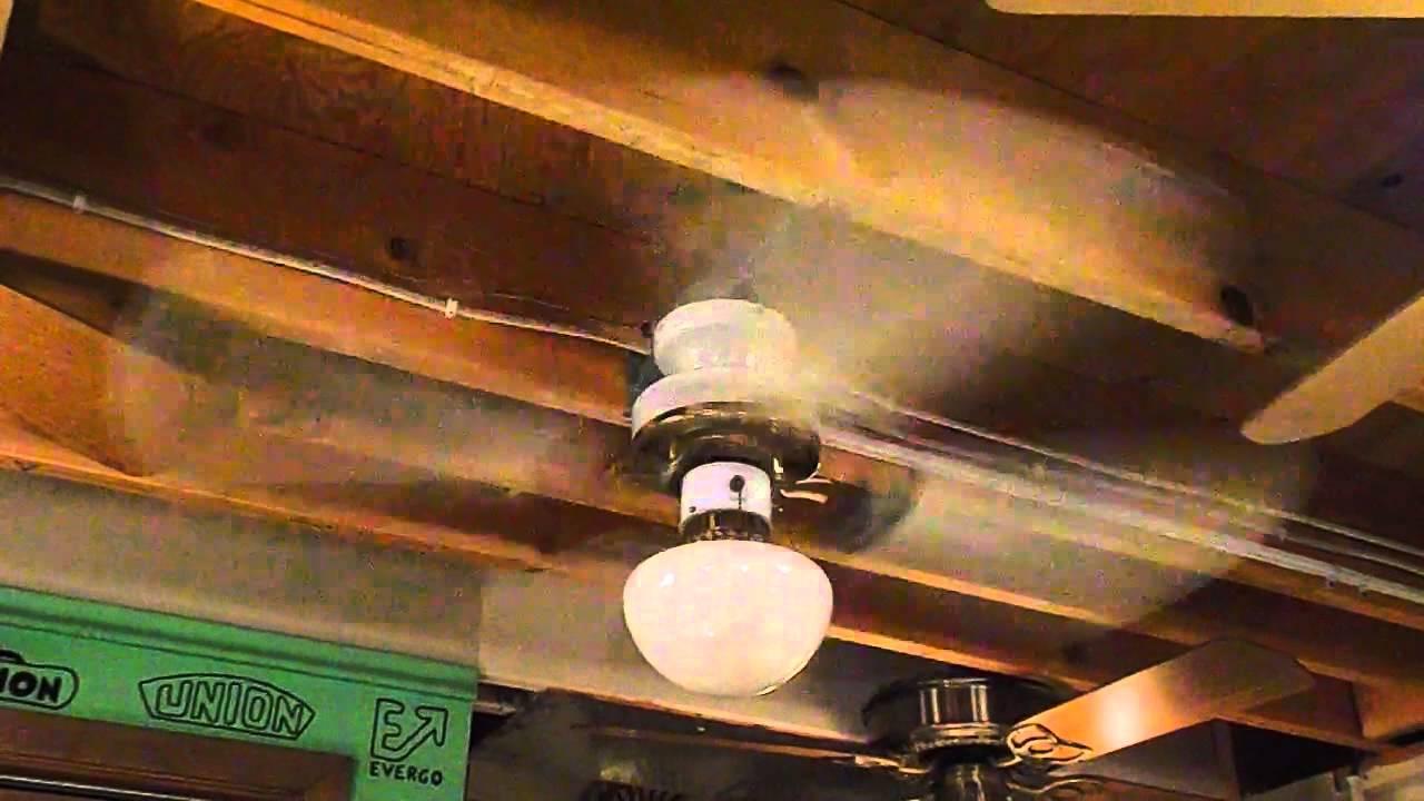 Mau Chun Ceiling Fan