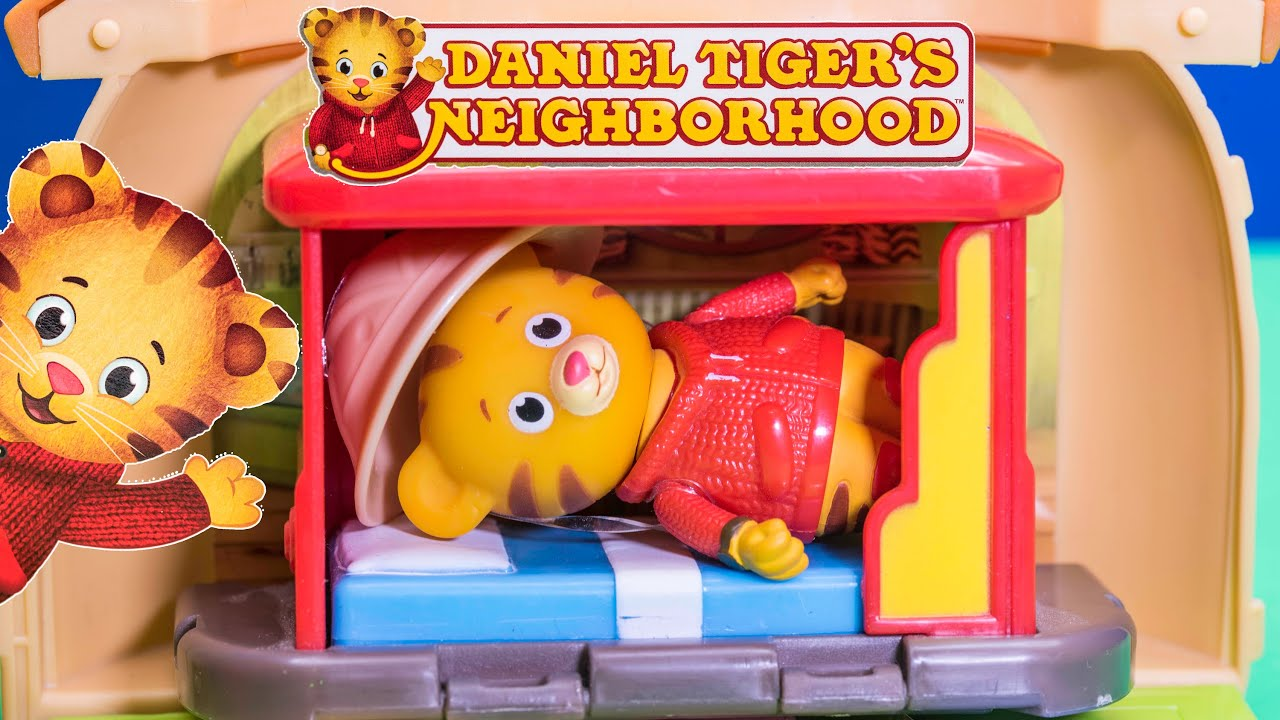 Unboxing Daniel Tiger Bungalow Toys and Play Set - YouTube