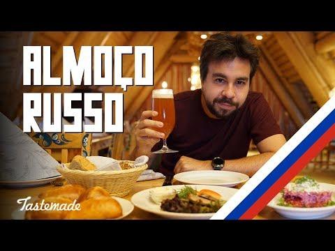 ALMOÇO TRADICIONAL RUSSO TURBINADO COM VODKA E KVASS  Coisas que Nunca Comi na Rússia