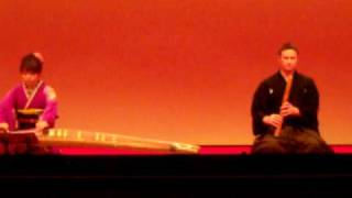 I performed E mu (絵夢) in Sapporo on October 31, 2009. The koto pl...
