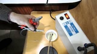 Сварка скруток алюминиевых проводов с флюсом(, 2014-04-08T13:36:01.000Z)