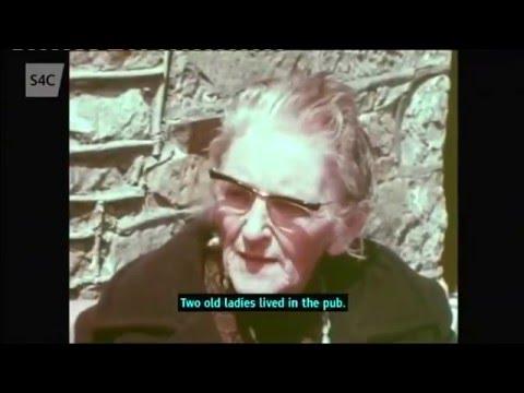 T. Llew Jones - Dilyn Afon Cletwr