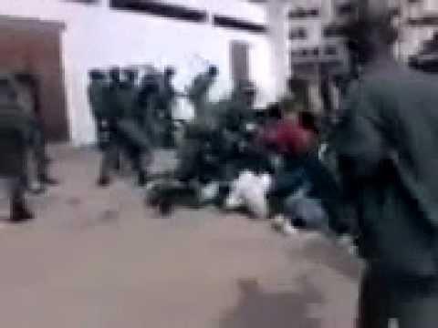 massacre des guinéens par un groupe de militaire sauvage et déchaîné