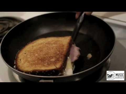 Music Burger Ep. 1 - Taylor Mallory Chicken Cordon Bleu Sandwich