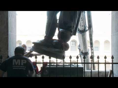 Reportage : Napoléon quitte les Invalides