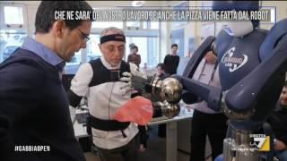 Che ne sarà del lavoro se anche la pizza viene fatta dal robot - La Gabbia Open - LA7 - 15 Feb 2017