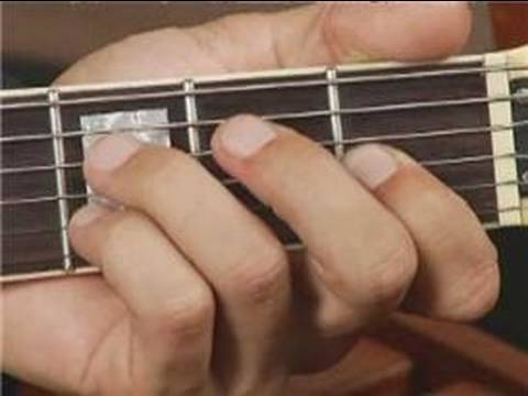 Play D Dim Chord on the Middle Top Guitar Strings: 1st Inversion : Guitar Chord Dictionary 8