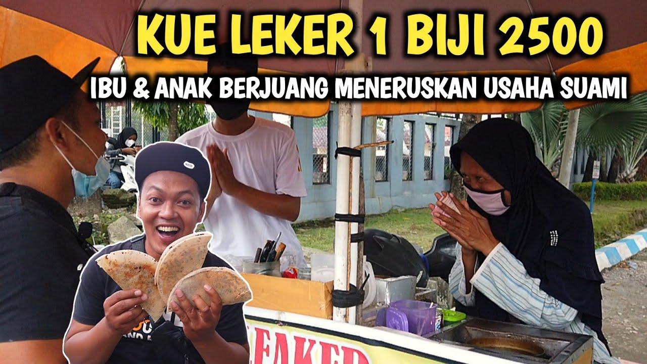 IBU & ANAK INI MENERUSKAN JUALAN KUE LEKER SANG AYAH - Indonesia Street Food