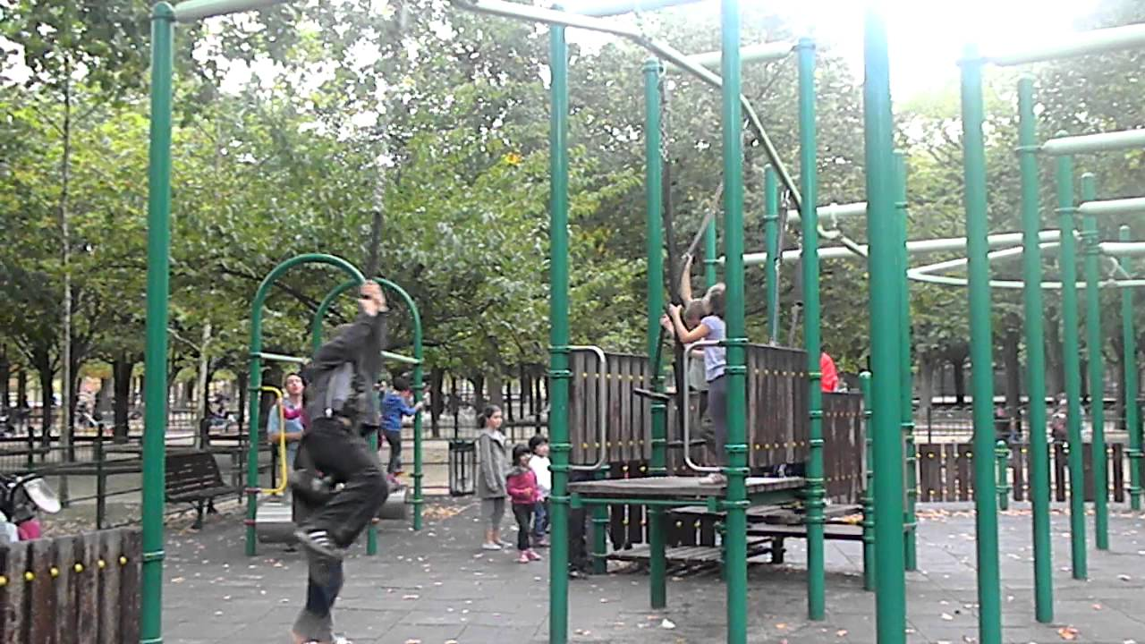Cool Swing At Playground At Jardin Du Luxembourg Youtube