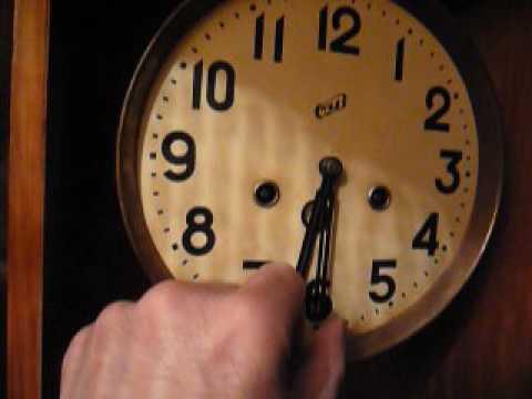 """Настенные часы с боем """"ОЧЗ"""" ( 1957 год)"""