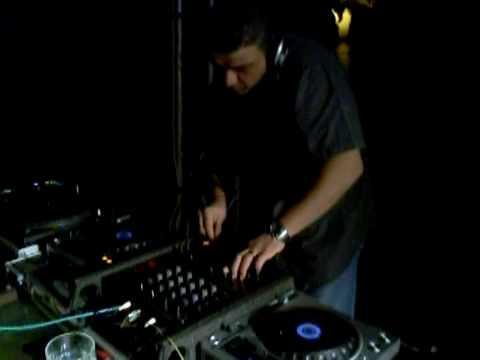 BRUNO BARRA SPECIAL GUEST DJ @ NABILAH CLUB - NAPOLI.mp4