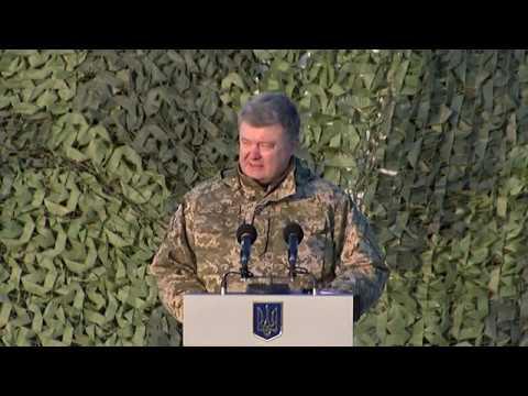 Президент: Держава буде нарощувати зусилля щодо забезпечення морських піхотинців новітнім озброєнням