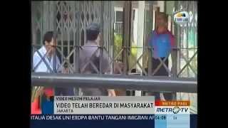 Repeat youtube video Adegan Mesum Siswa SMPN 4 Sawah Besar