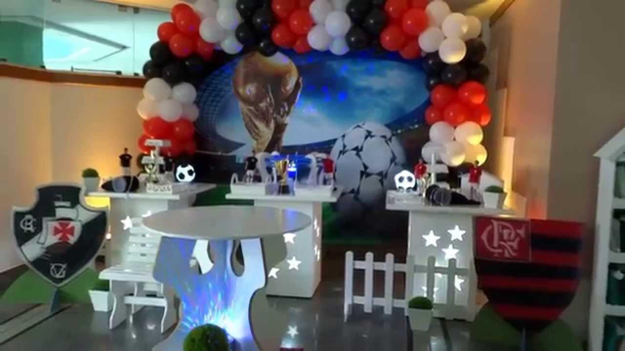 Tema futebol com o clássico Flamengo x Vasco para decoração de festa de  aniversário infantil 15e9ac5711fae