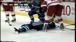 Жесткий хоккей.  Травмы.