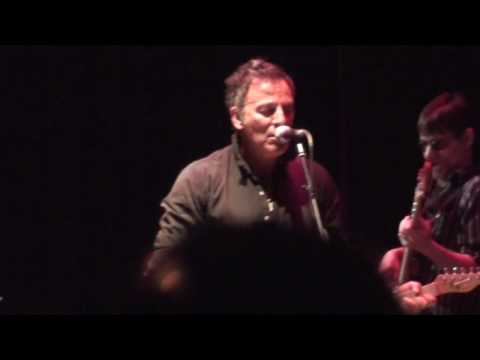 Darkness on the Edge of Town - Springsteen with Joe Grushecky & the Houserockers - Jan 16 2010