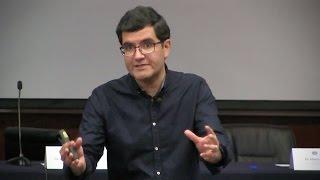"""""""Todo con Cuerda: Quarks, Hoyos Negros y Entrelazamiento"""" (Alberto Güijosa)"""