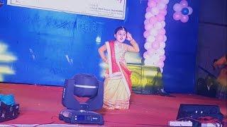 Best Dance Ever By A Cute 3 Year Old Little Girl - Bole Chudiya, London Thumakda, Radha Song
