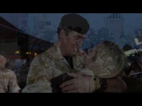 'Love Farewell' tribute by John Tams and The Band and Bugles of The Rifles
