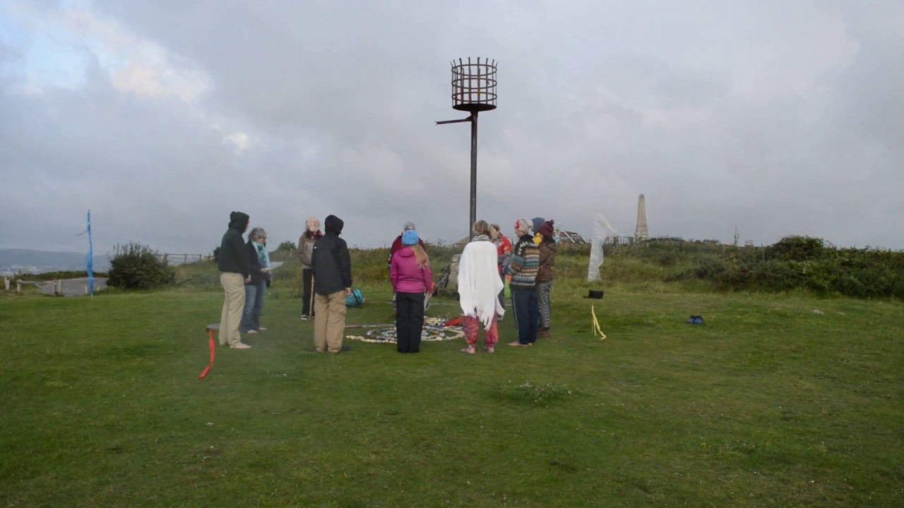 Druid Ceremony (last part) Chanting Awen 3 times and calling the Quarters