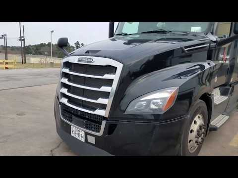 2018 Freightliner Cascadia 4 month Review