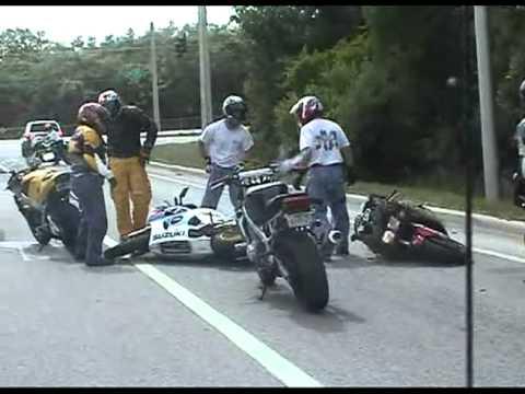 Stupid bike crash.avi