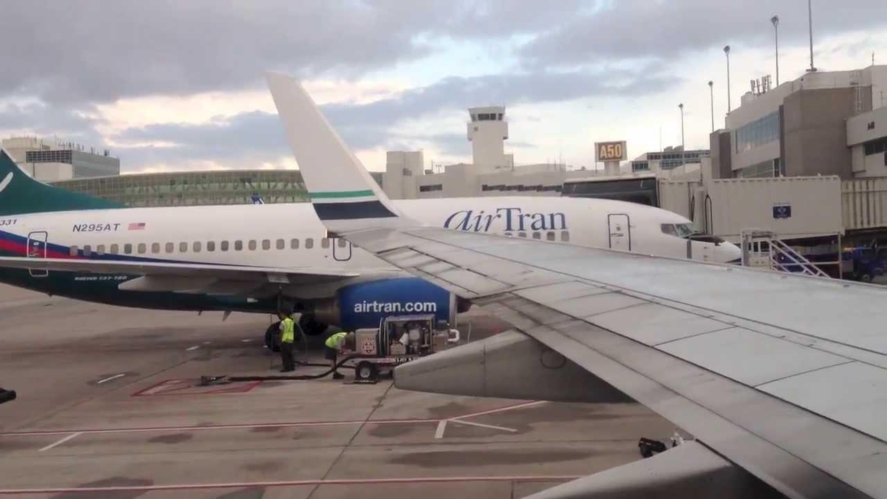 Alaska Airlines Boeing 737 700 Door Closing Announcement