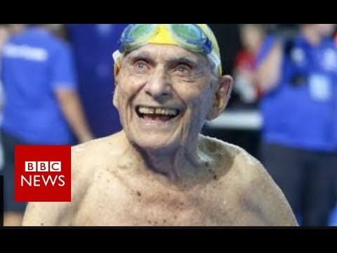 Australian swimmer: 99-year-old 'breaks world record' - BBC News