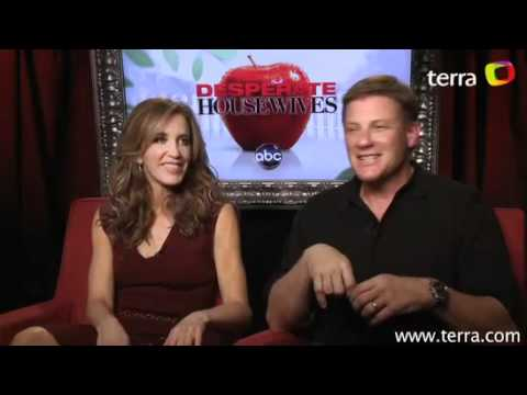 Desperate Housewives: Felicity Huffman & Doug Savant EXCLUSIVE INTERVIEW