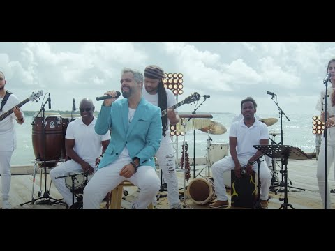 Daniel Santacruz – Larimar (En vivo desde Santo Domingo)