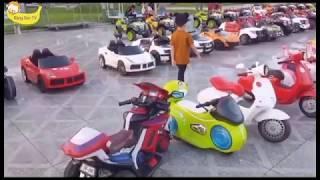 Bé chơi công viên xe điện/Răng Sún TV/Đồ chơi trẻ em/baby played the car park