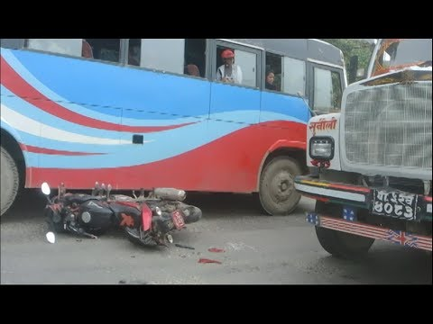 live pulsar 220 accident footage in Nepal. safely took him to hospital