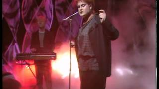 Yazoo - Don't Go (Live At Top Of The Pops In 1982)