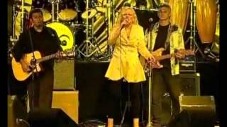 Broken Souvenir (Golden Memories Tour Fiji) - Toni Wille (Feat. the voice of Pussycat)