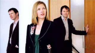 Saint Etienne - Lightning Strikes Twice (2005)