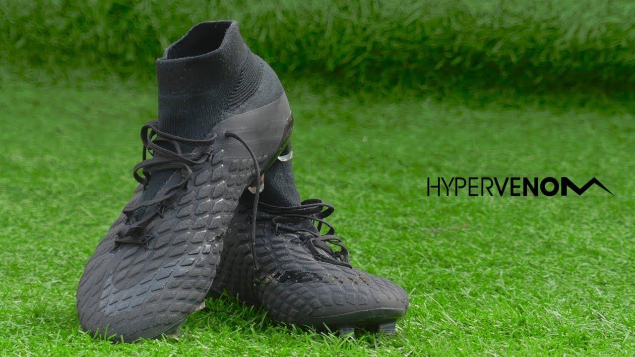 05f7cfe5a Testing Icardi   Lewandowski Boots  NIKE HYPERVENOM 3