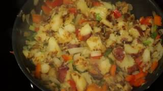 Fried Potatoes with Onions and Peppers