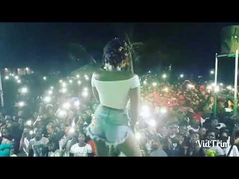 Ebony-Date Ur Fada