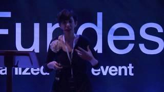El Club de los poetas vivos: Belén Torregrosa at TEDxFundesem
