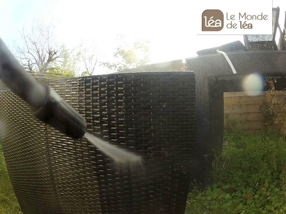 Comment nettoyer son salon de jardin en rsine tresse   YouTube