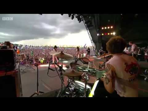 HAIM - My Song 5 - Live At Glastonbury 2014