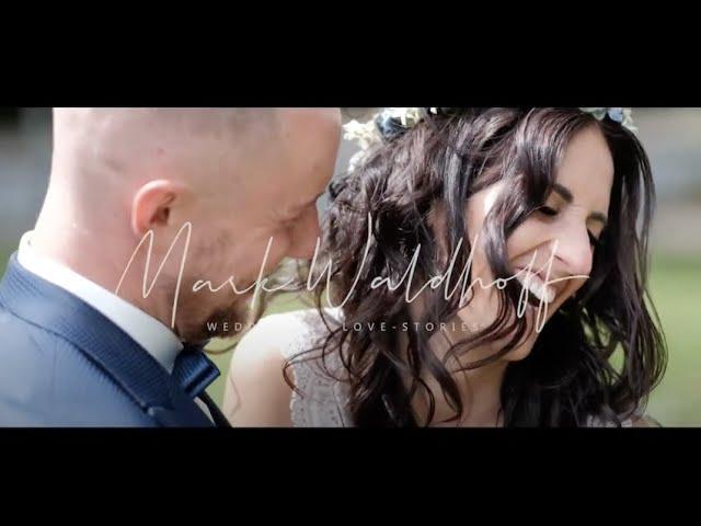 Die standesamtliche Hochzeit von Laura & Tim in Bochum | Fujifilm X-T4 Hybrid Wedding