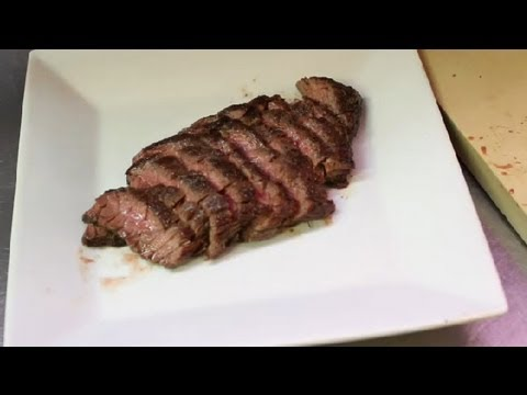 How Do I Slice A Flat Iron Steak Against The Grain Meat Dishes