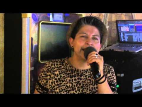 Porque me hacer llorar en marcy s karaoke