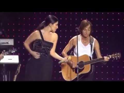 Gianna Nannini ft Laura Pausini - Sei nell'anima [Live at San Siro] (Traducción en Español)