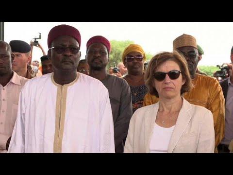 Florence Parly au Niger pour booster la force du G5 Sahel thumbnail