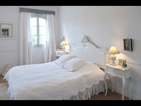 Decoration De La Chambre Des Maries En Provence French Wedding Bedroom