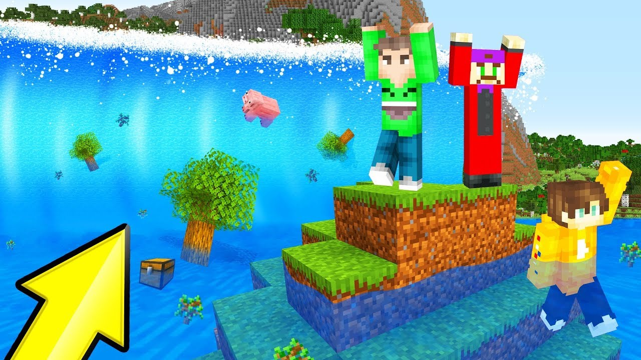 SURVIVE The TSUNAMI In MINECRAFT! (Impossible) thumbnail