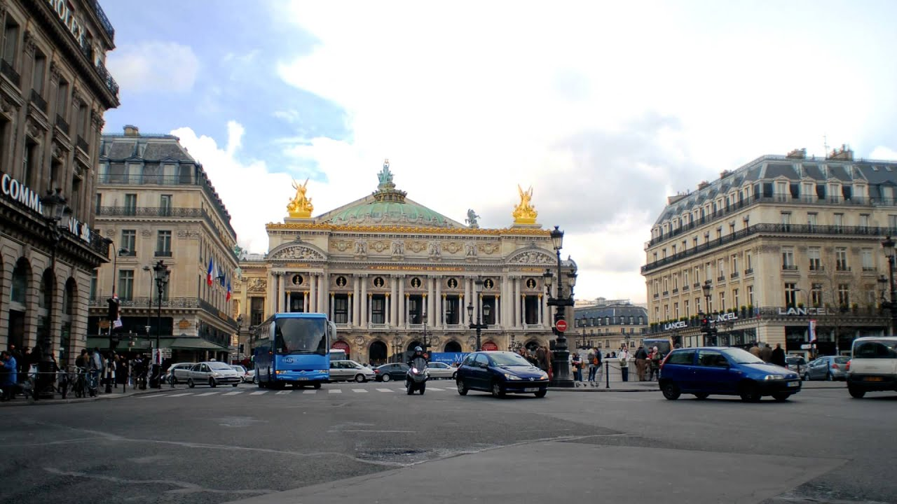 time lapse of place de l 39 opera in paris france youtube. Black Bedroom Furniture Sets. Home Design Ideas
