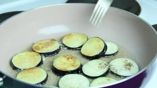видео Как вкусно приготовить баклажаны на сковороде